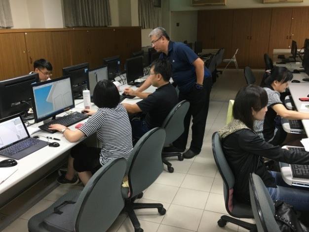 1080103勞動部勞動力發展署新聞稿(附照2)_寶銳企業「景觀3D繪圖設計」課程參訓情形。