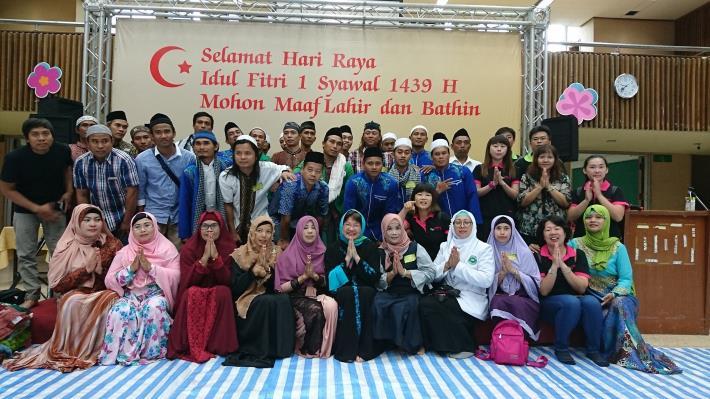 1080524勞動部勞動力發展署新聞稿(附照2)_穆斯林朋友們參與開齋節聚會。.JPG