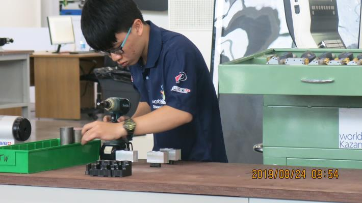 Excellence-06-CNC Turning-林仲軒