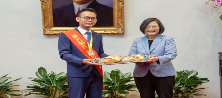 President Tsai Ing-wen received the 45th delegates 3