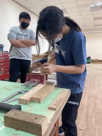 花蓮職業訓練場室內裝修設計實務(產訓班)木工手工具操作訓練實況1