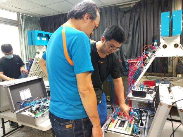 PLC自動化可程式控制設計訓練班在職勞工進修實況