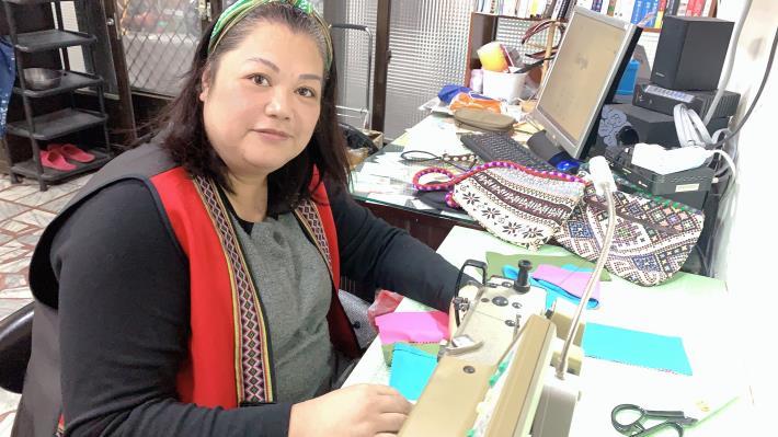 林惠美學服裝打版 織出事業第二春