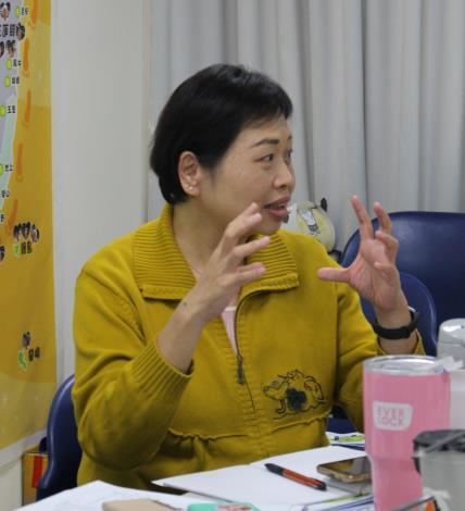 中華傳愛社區關懷協會楊惠琳秘書長經驗分享