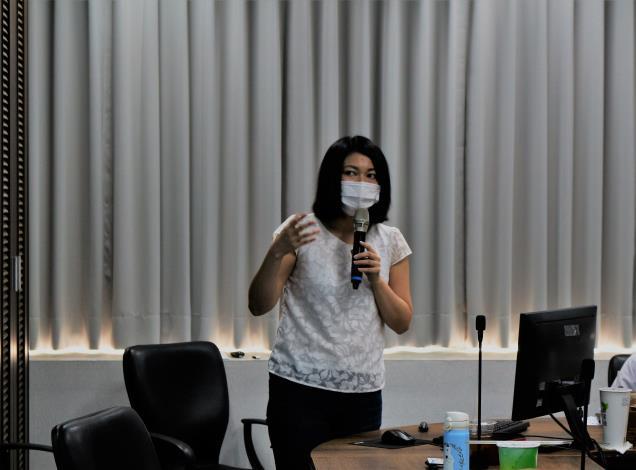 橋椿金屬股份有限公司吳亭穎專員簡報分享