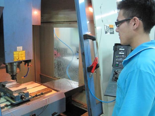 CNC銑床操作