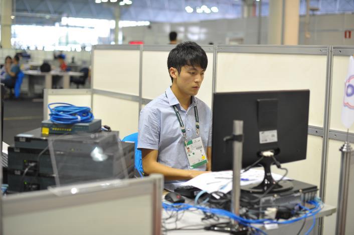 43屆-資訊與網路技術朱培華43WorldSkills CompetitionSkill 39 IT Network Systems Administration
