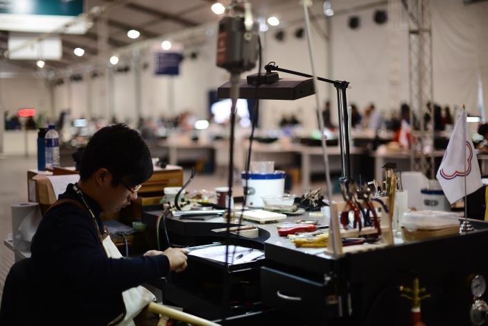 43屆-珠寶金銀細工石博丞43rd WorldSkills CompetitionSkill 27 - Jewellery